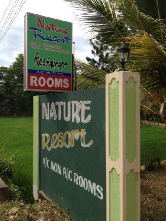 Nature Resort Tissamaharama: the entrance