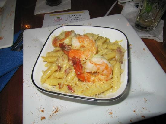 Guava's: Penne Pasta and Shrimp