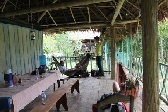 Maniti Camp Expeditions: Common area where we were to eat our meals