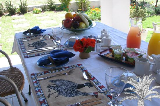 Cycads on Sea Guesthouse: Breakfast