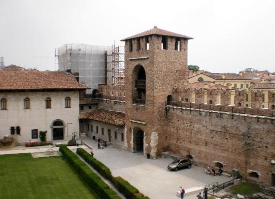 Museo Di Castelvecchio.Corte Interna Castelvecchio Foto Di Museo Di Castelvecchio Verona