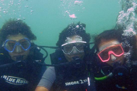 Submarine Diving School: at Unawatuna reef