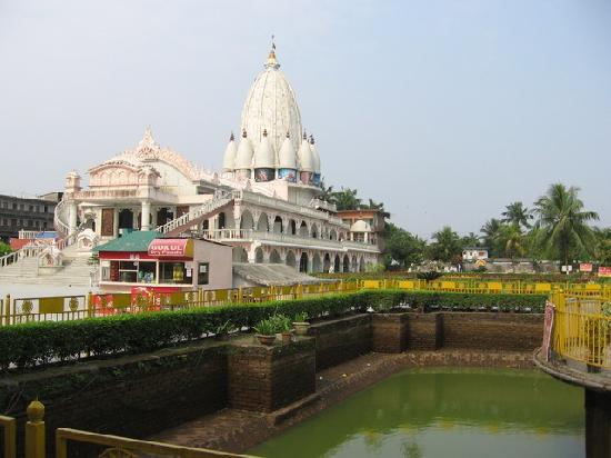 Siliguri, Ινδία: Around Temple
