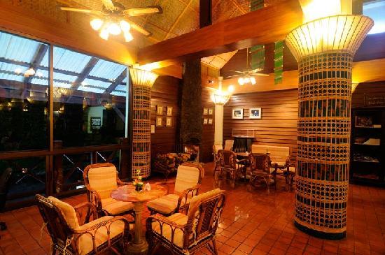 Angkhang Nature Resort : Lobby Bar