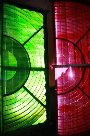 Old Lighthouse Dungeness: Green and red sector lights