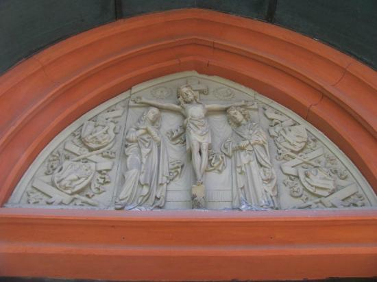 St. Anthony's Church: tympanum