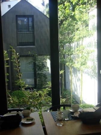 A Cote du Cinquantenaire: Breakfast area