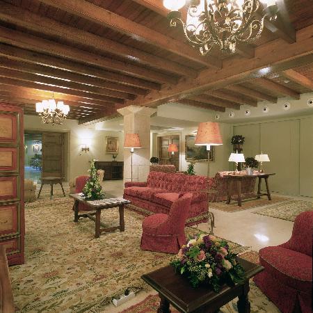 Parador de cambados hotel espagne voir les tarifs 13 for 186 davenport salon review
