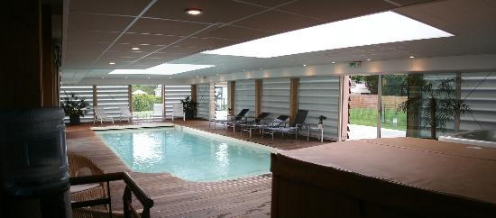 Relais de la Malmaison Paris Rueil Hotel & Spa: Hallenbad innen