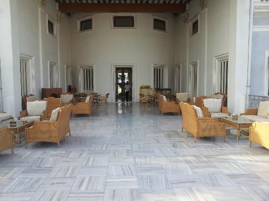 Taj Falaknuma Palace : Open dining area