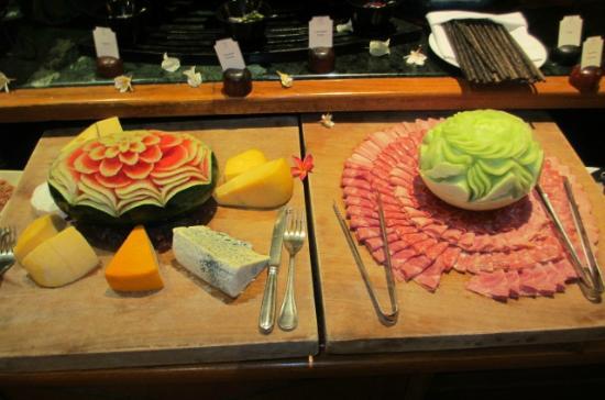 Victoria Angkor Resort & Spa: Breakfast