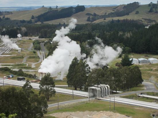 Wairakei Geothermal Power Station Visitor Center: View from lookout