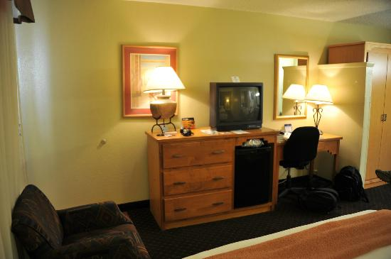 BEST WESTERN Turquoise Inn & Suites : chambre