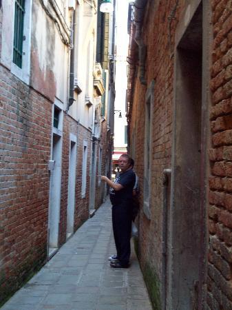 Palazzo Guardi: la calle del hotel