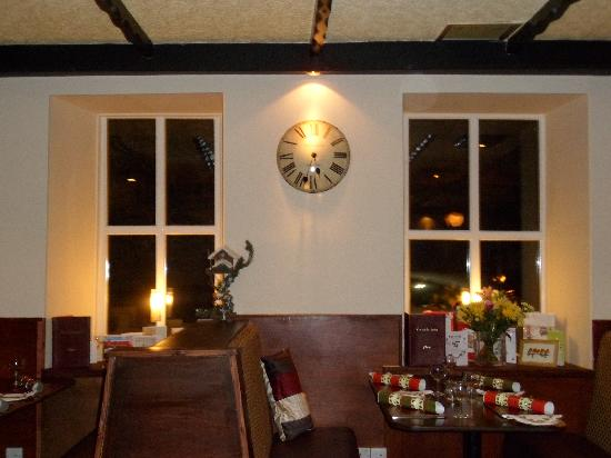 The Oasis Restaurant: Relaxing Atmosphere