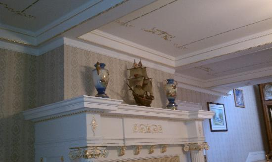 Seelye Mansion: Mantle over one fireplace