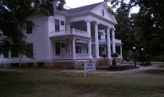 Seelye Mansion: Looking at home as you come in off the interstate