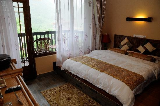 Yangshuo Tea Cozy: Double bed room