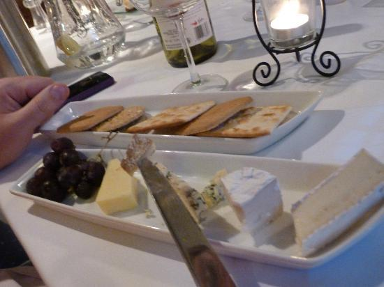 Lamplighter: Cheese platter