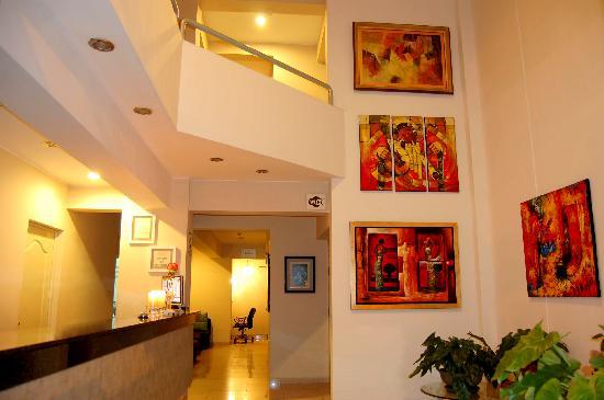 Hotel Vila Santa: Lobby