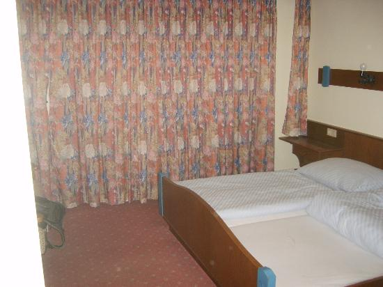 Hotel Wienerwaldhof: la chambre