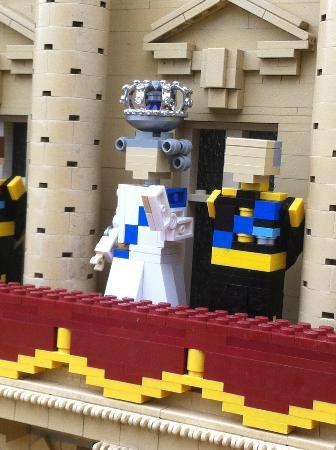 Lego shop / Star Wars miniland - Picture of Legoland Windsor Resort ...