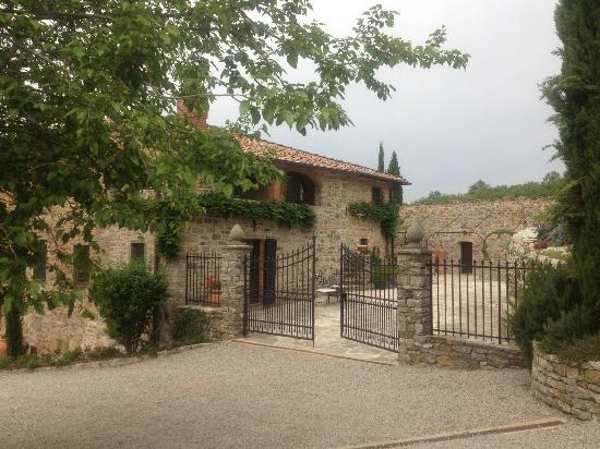 La Petraia : Entrance to rooms/Dining Room