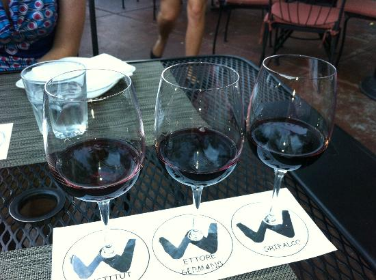 Willi's Wine Bar: Italian flight