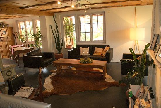 Silvi's Dream Catcher Inn Guesthouse: Wohnzimmer