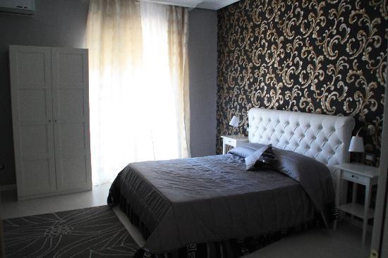 L & D Luxury Rooms