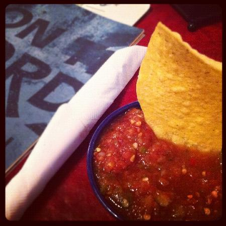 On The Border Mexican Grill & Cantina: Chips & Salsa