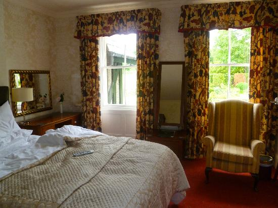 Hundith Hill Hotel: room
