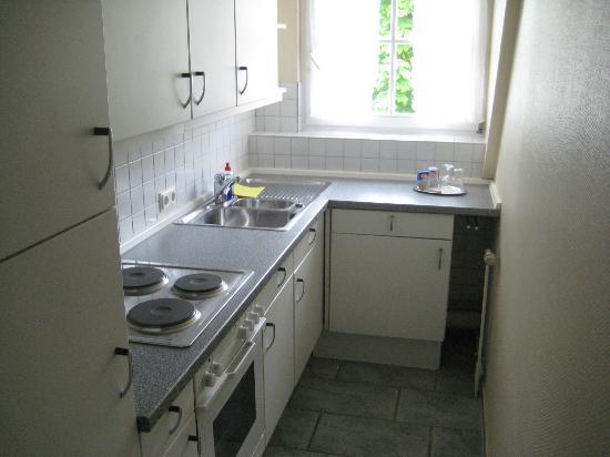 Hotel Auszeit : kitchen