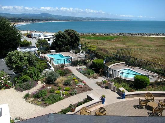Beach House at Half Moon Bay: Beach House Gardens Room View