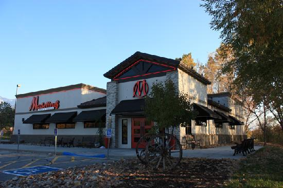 Madeline's Steakhouse & Grill: Building