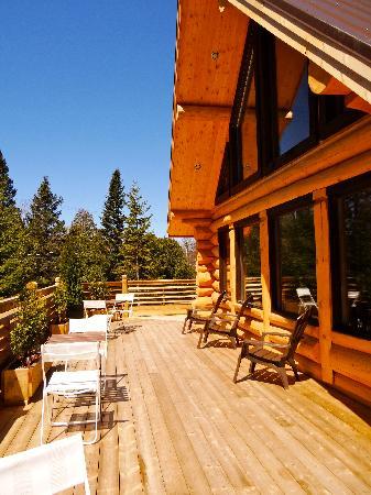 Le Domaine du Lac Saint Charles: La terrasse