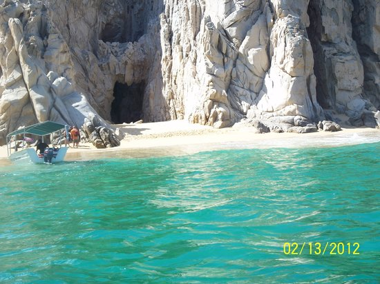 Playa del Amor (Lover's Beach) : Beautiful clear water at Lovers Beach