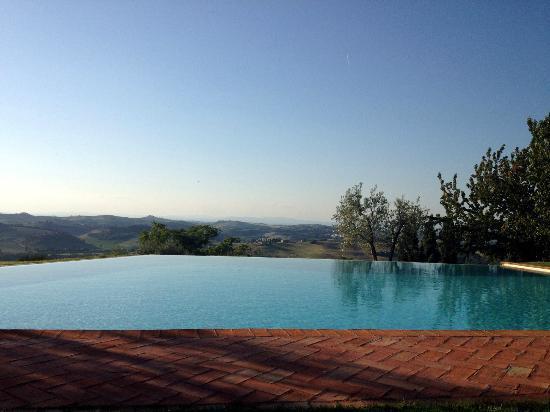 Lucignanello Bandini: La piscina