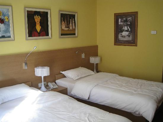 Hotel Colosseo: twinroom 105