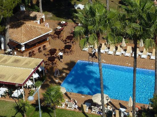 Hotel Riu Festival : Pool und Poolbar