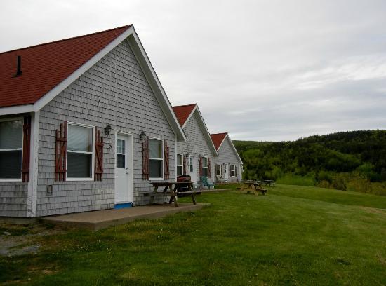 Chisholm's of Troy Coastal Cottages: Cottage exterior