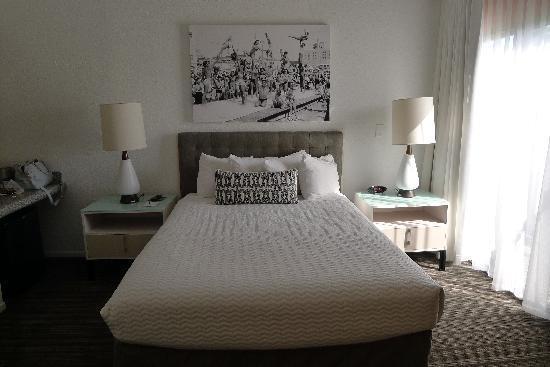 Inn at Venice Beach: Queen room