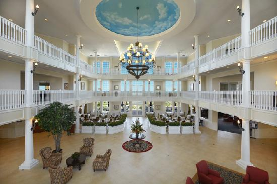 Blue Harbor Resort: Newly renovated lobby