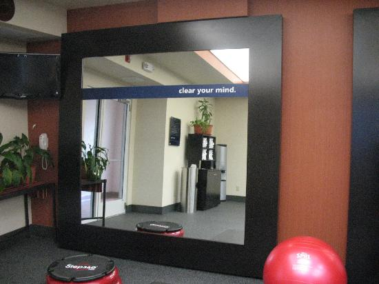 Hampton Inn Butte: Our New Jump Start Fitness Center - State-of-the Art Equipment with Personal Viewing Screens