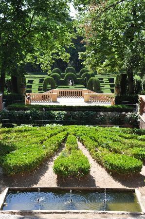 Parque del Laberint d'Horta: zicht op het laberint