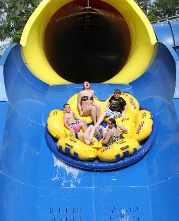 Holiday World & Splashin' Safari: Mammoth: the world's longest water coaster
