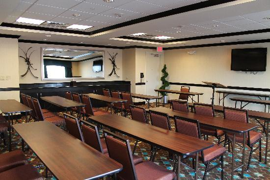 Holiday Inn Express & Suites Alpine Southeast: Meeting Room