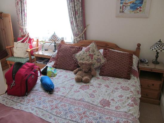 The Beech Tree Guest House: The room i stayed in.