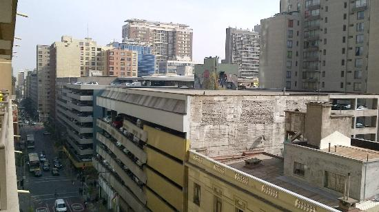 Chileapart: Vue de notre balcon sur la rue principale