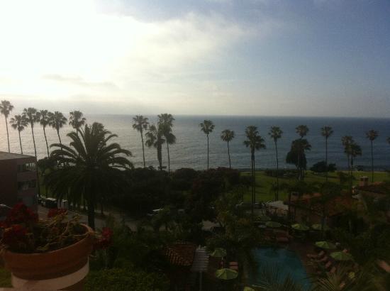 La Valencia Hotel: Sunset to west